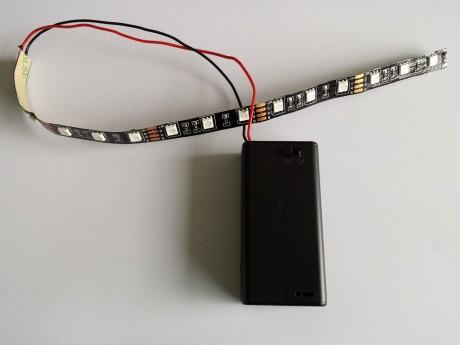 פסי לד הפעלה 2 סוללות אצבע - במבחר מידות וצבעים