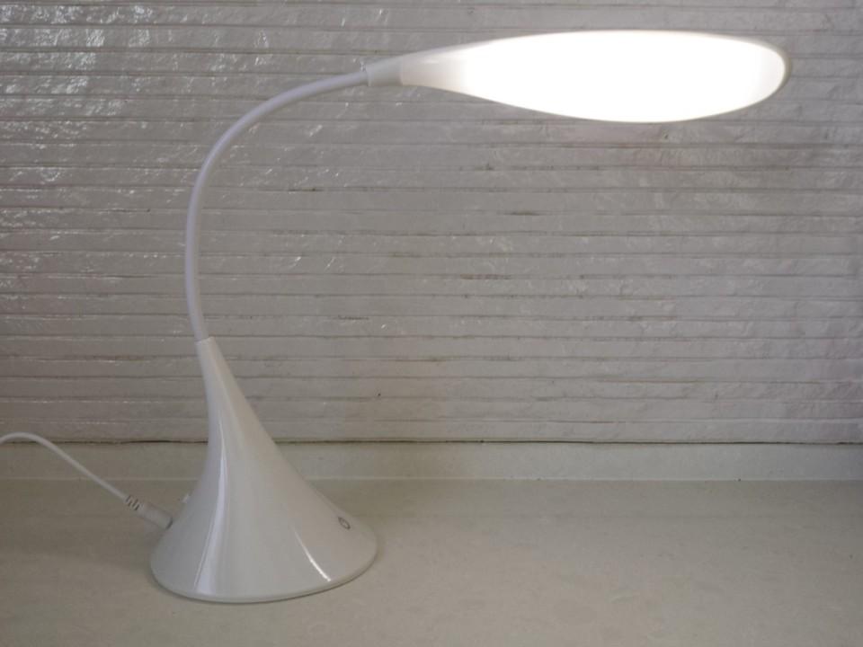 מנורת לד דגם דולפין הפעלה USB / סוללות